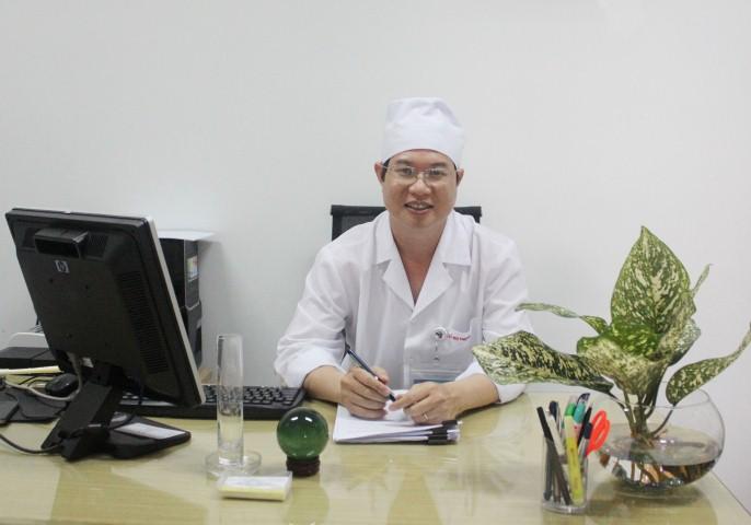 Phó giám đốc Lê Huy Thạch